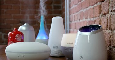 Vaporizer vs. Diffuser: Which One is Better for Your Essential Oils?